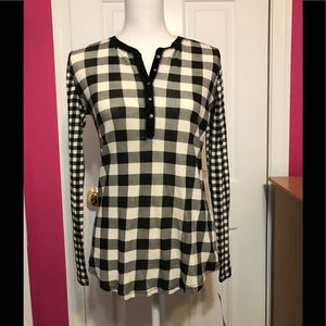 NWT Chaps Black & White Checkered Henley